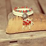 レザーブレスレット(鹿革),血赤アンティークビーズ