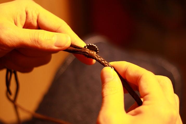 革 ブレスレット作り方 16